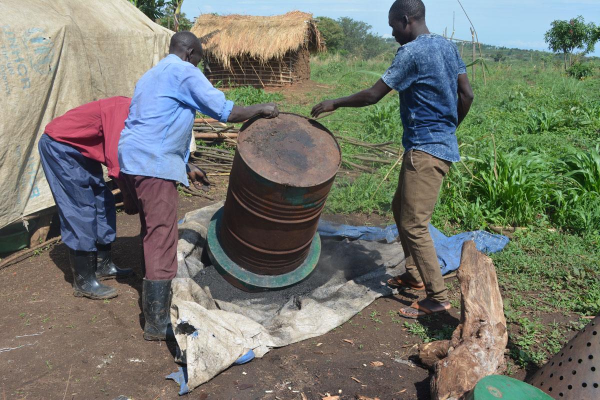 AAH Uganda briquettes